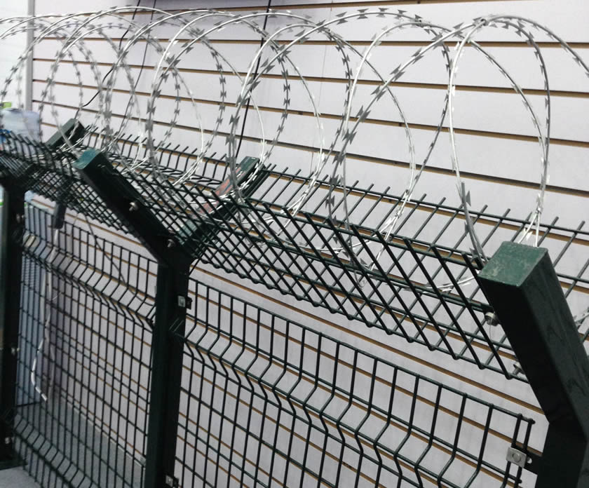 Welded Mesh Concertina Barbed Wire For Security Fencing