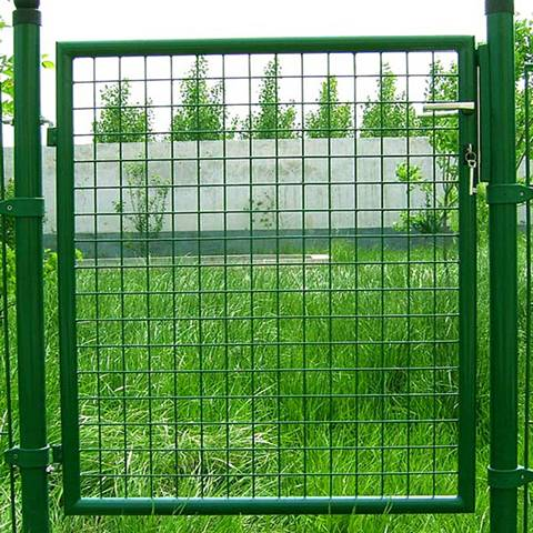 Welded Wire Mesh Gate: Galvanized then PVC Coated