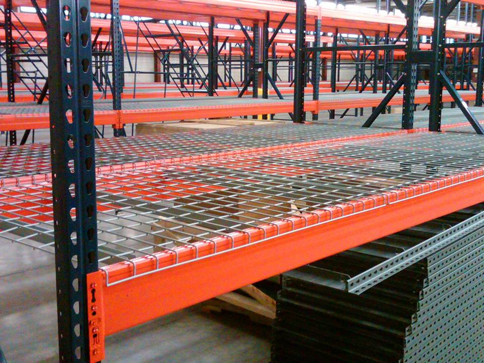 Many installed wire mesh decking are placed in workshop.